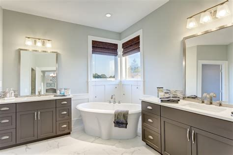 the nantucket show home traditional bathroom