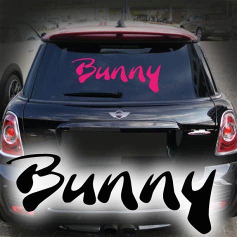 Heckscheibenaufkleber Pink by Bunny Autoaufkleber Schriftzug Auto Aufkleber Heckscheibe