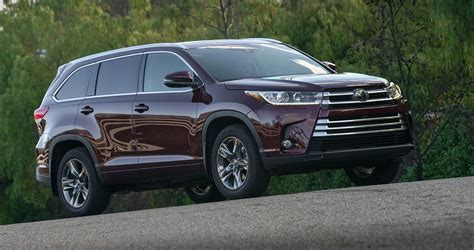 Toyota Highlander In Australia 2017 Toyota Kluger Review Caradvice