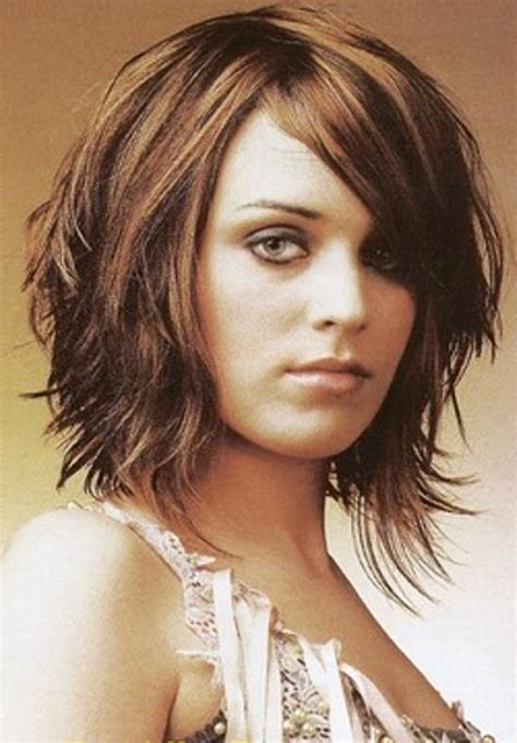 mid lenth beveled haircuts short layered hairstyles for women style pinterest