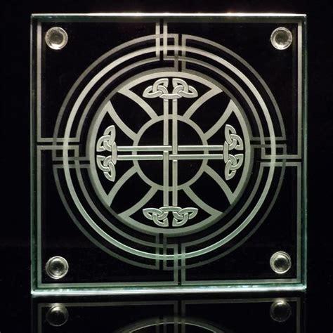 celtic cross knotwork decorative etched glass