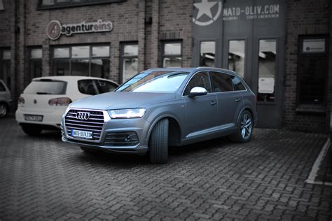 audi q7 matt audi q7 s line 2016 in anthrazit matt metallic nato oliv