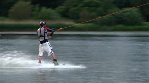 trick performance boats wakeboarding lessons kent powerboat hire