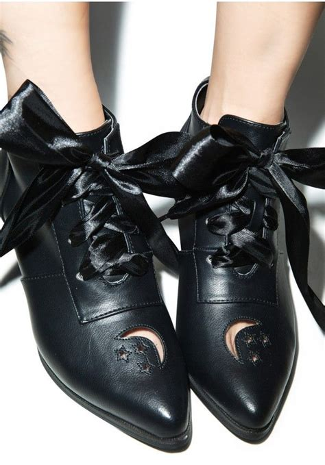 25 best ideas about witch shoes on diy witch