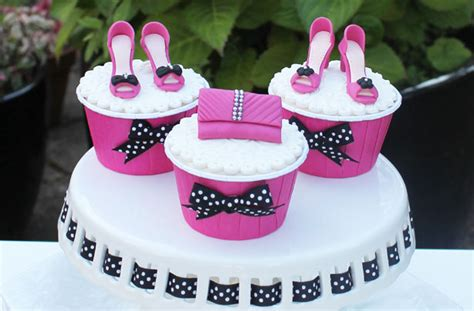 Cake Decorations Uk by Shoes And Handbag Cake Decorations Goodtoknow