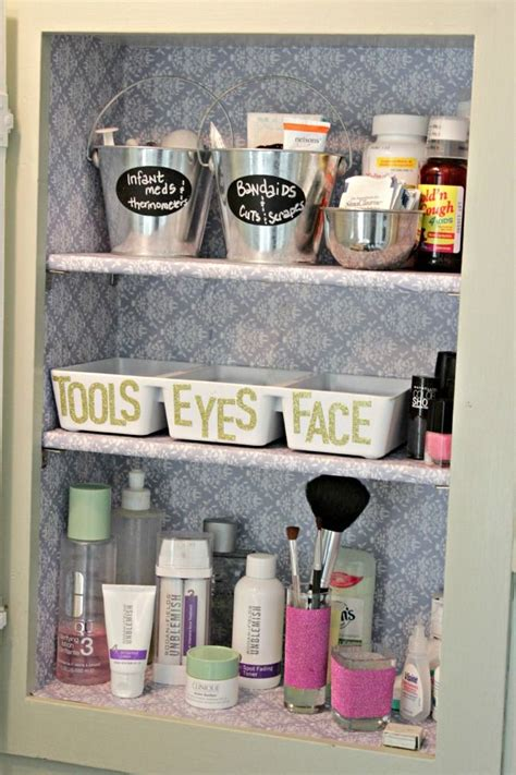organizing bathroom cabinets 1000 ideas about organize medicine cabinets on pinterest