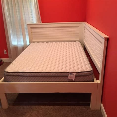 queen corner bed queen size corner bed by pfleming lumberjocks com