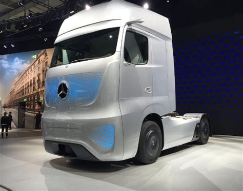 future mercedes truck did daimler shape future with concept truck