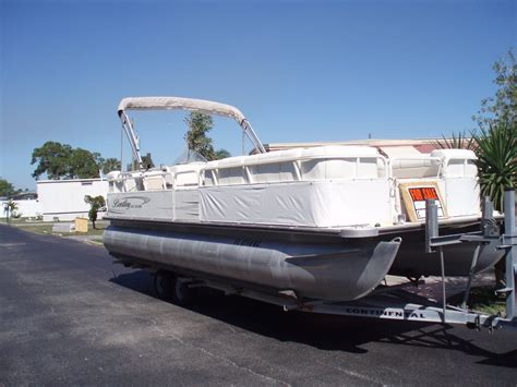 bentley pontoon cruise 240 2006 for sale for 12 500