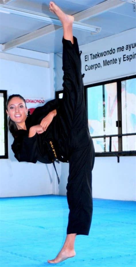 split kick flexible fighters female www