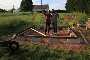 fondations et dalle bois premi 232 re partie abri de jardin