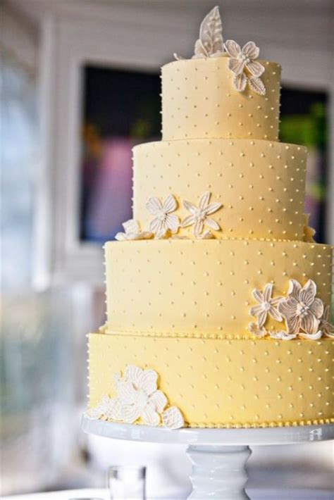 yellow and silver wedding cakes 31 lovely and joyful yellow wedding cakes weddingomania