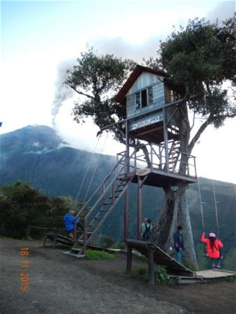 la casa del arbol la casa del arbol mirador tungurahua banos equador