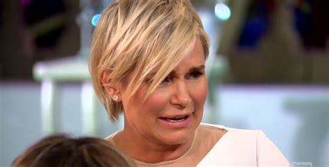 yolanda foster and fine hair rhobh reunion part 1 yolanda walks out after rinna