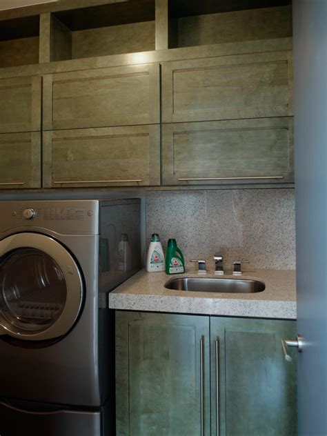 hgtv home 2010 laundry room pictures and