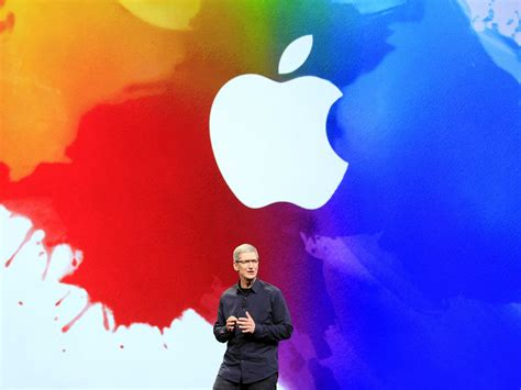 apple jobs the difference between steve jobs apple and tim cook s