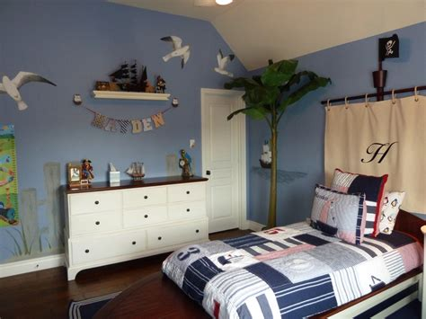 pirate themed bedroom best 25 pirate themed bedrooms ideas on pinterest