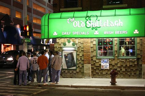 Top Bars In Detroit by Top 10 Sports Bars In Detroit