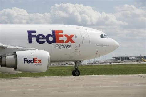 fedex express expands daily air cargo capacity to edmonton