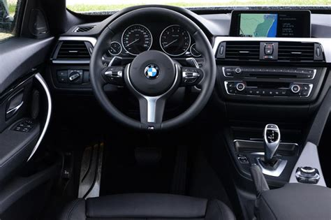 Bmw Gt Interior by Bmw 335i Gt Pictures Auto Express