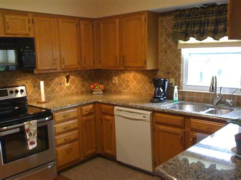 Kitchen Backsplash Ideas With Granite Countertops by Granite Countertops And Tile Backsplash Ideas Eclectic