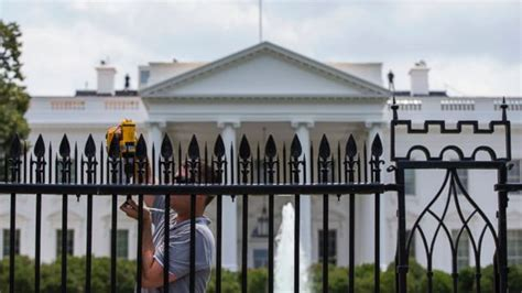 White House Fence by Metal Spikes Installed On White House Fence Abc7news
