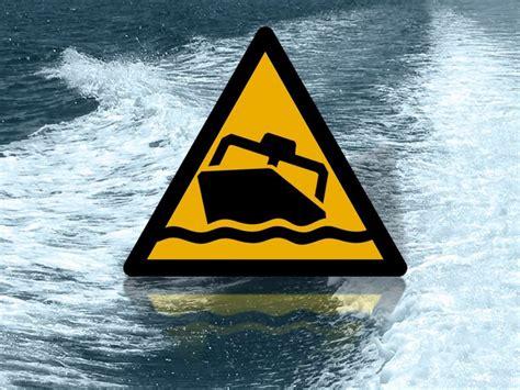 boat crash wrightsville beach boat crash near figure eight island one hospitalized