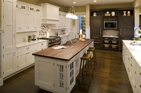 cottage style kitchen cabinet doors the four most popular kitchen cabinet door styles the