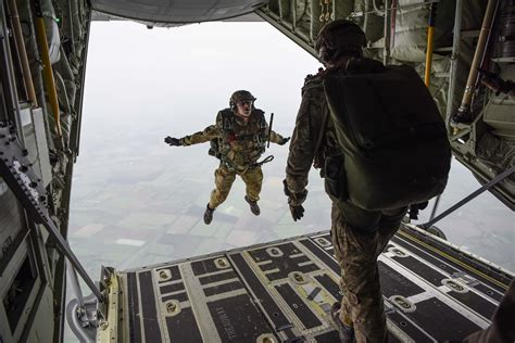 free fall air commandos from above gt air