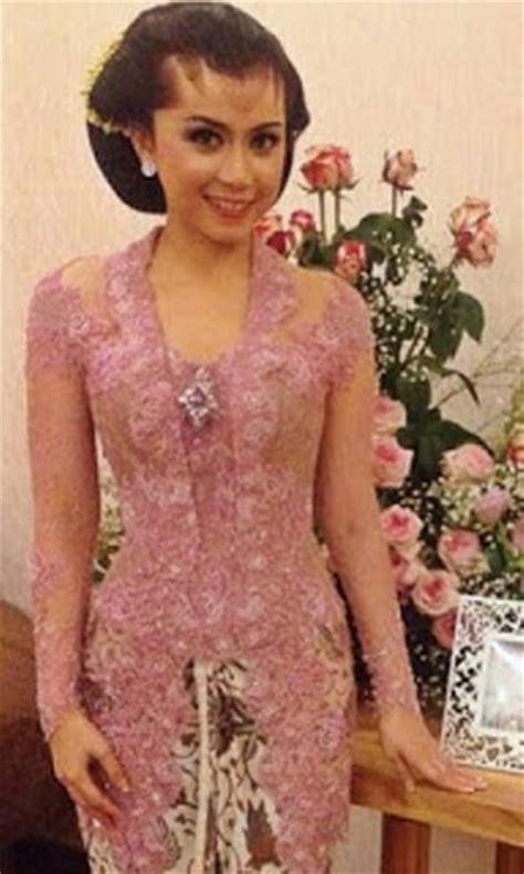 Kebaya Pengantin Baru model kebaya pengantin jawa tengah yang trendy dan terbaru
