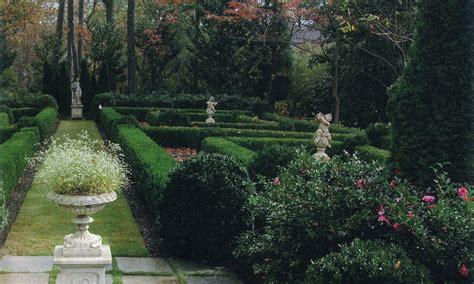 Garden And Gun Dallas Landscape Design Troy Rhone In Living Legacy Garden