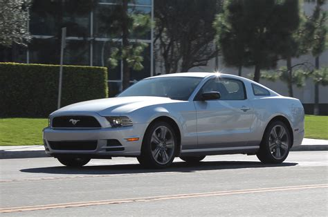 mustang 2014 v6 horsepower 2014 ford mustang premium v6 performance package
