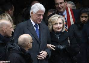 bill clinton s full name hillary clinton upset bill s name has been recently linked to jeffrey epstein daily mail online