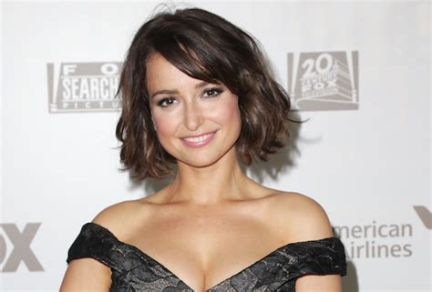 verizon commercial voice actress marvel s new warriors casts milana vayntrub as squirrel