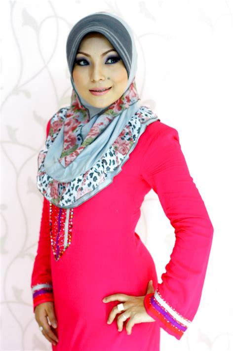 Baju Muslimah Brand El blouse and tudung mexican blouse