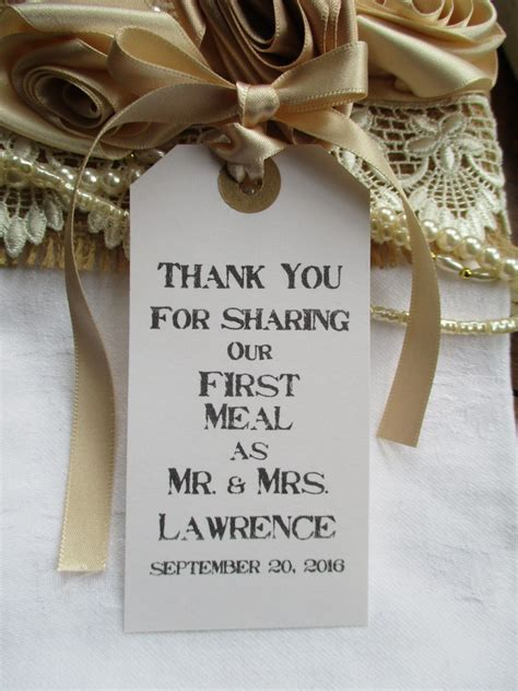 rustic wedding table place setting white tag napkin tie