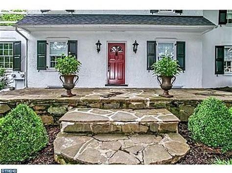 white house black shutters red door 20 best images about white house black shutters on pinterest red front doors blue