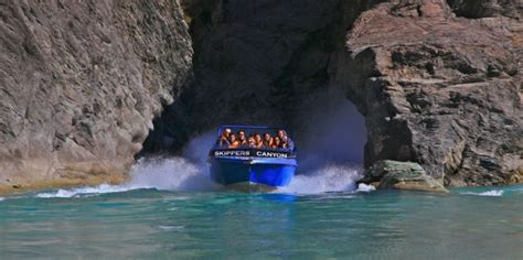 skippers canyon jet boat new zealand skippers canyon jet 4wd jet boat queenstown