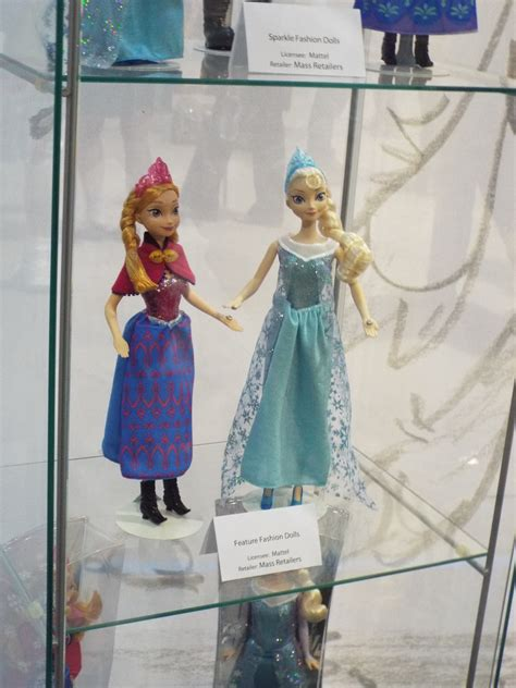 frozen doll images frozen dolls and displays at the d23 expo frozen photo