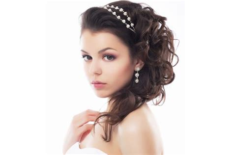 quinceanera hairstyles for long hair with curls and tiara 5 pretty quinceanera hairstyles