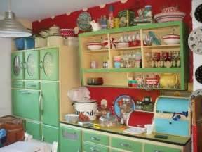 50s kitchen cabinets 1930s kitchen 1930s farmhouse design pinterest vintage kitchen cabinets and window