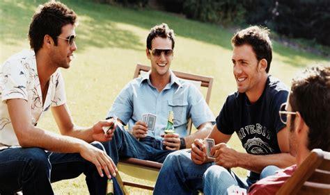 imagenes hombres felices 191 a qu 233 edad comienzan a disminuir los amigos su m 233 dico