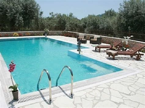 private secluded villa with very big swimming lefkada