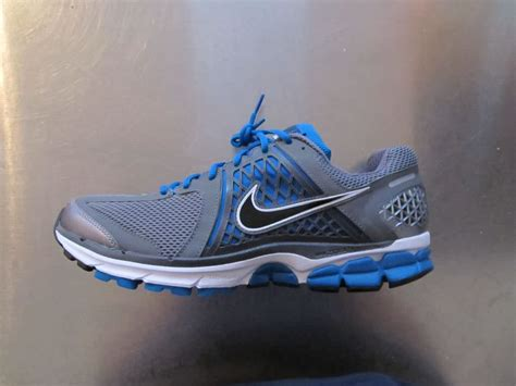 athletic shoes reviews nike zoom vomero 6 running shoes review running shoes guru