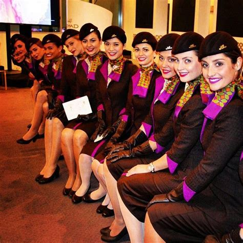 etihad airways cabin crew etihad airways cabin crew crewfie panam84 etihad