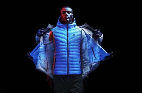 Jaket Runing Beat nike s storming q2 earnings show it is on its way to becoming a luxury brand business insider