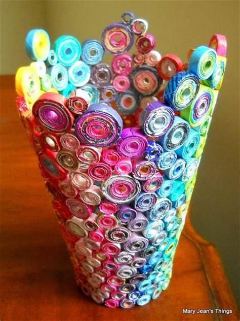 Make A L Out Of A Vase by 32 Genius Things To Make With Your Magazines
