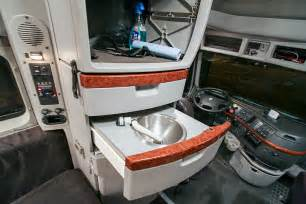 volvo vnl 780 interior pictures to pin on