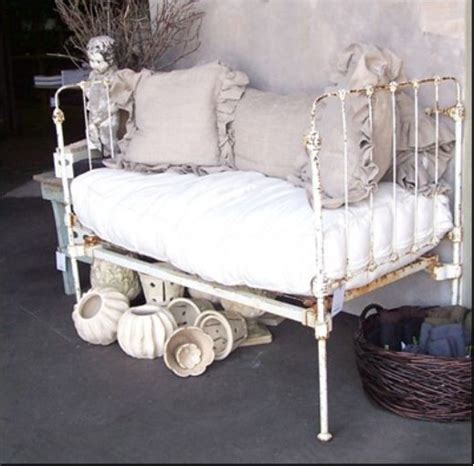 Outdoor Shabby Chic Bench My Secret Garden Pinterest Shabby Chic Benches