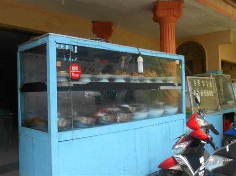Etalase Bu kondisi warung picture of warung makan bu mur